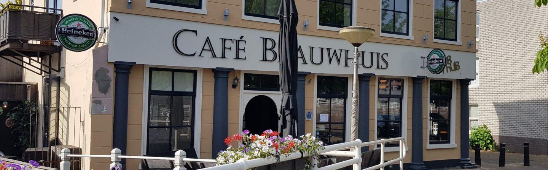 Café Blauwhuis gesloten door overtreden coronaregels