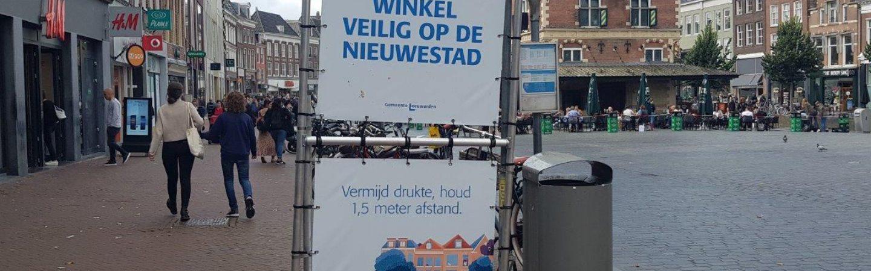 Nieuwe coronacampagne in de Leeuwarder binnenstad