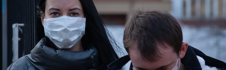 Kabinet geeft dringend advies om mondkapjes te dragen