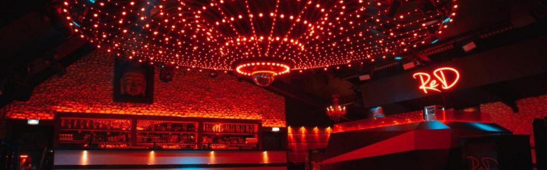 Club RED verloot flessen champagne vanwege corona