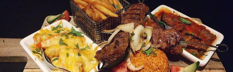 Haal lekkere Turkse specialiteiten bij restaurant Saray!